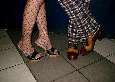 Как растянуть обувь.