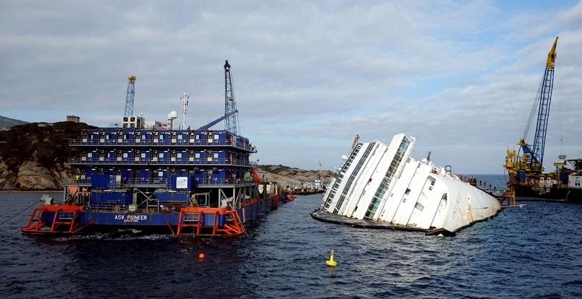 Подъем лайнера Costa Concordia