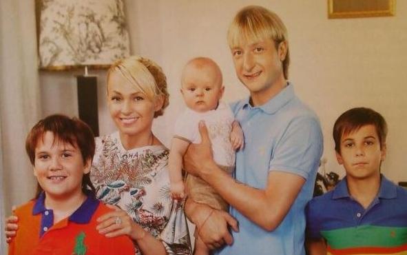 Семейство Яны и Евгения